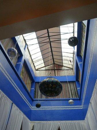 Hotel El Kennaria: la verrière du patio