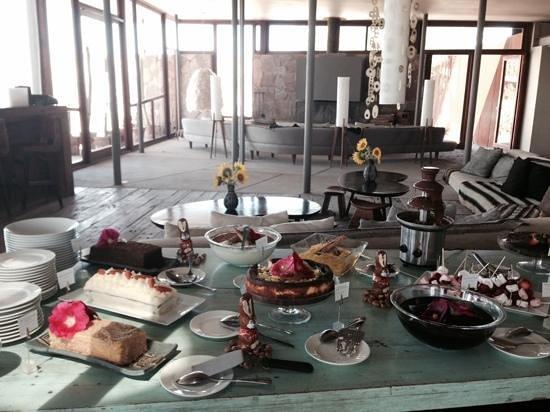 Tierra Atacama Hotel & Spa: Easter lunch; dessert table