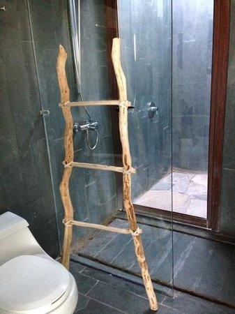Tierra Atacama Hotel & Spa: Inside and outside showers