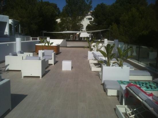 Portinatx Beach Club Hotel : terrace above A block