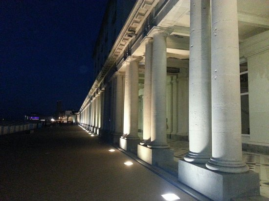 Thermae Palace Hotel : Thermae Palace... de nuit
