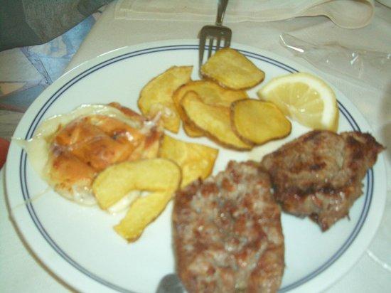 Ristorante Titino Srl: Mixed grill with homemade potato chips