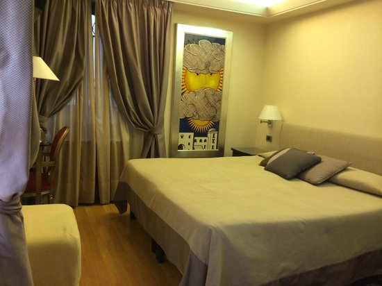 Liassidi Palace Hotel : Spacious bedroom