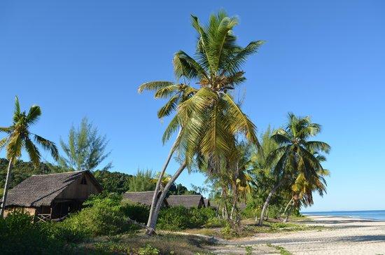 Natura Lodge Nosy Be: spiaggia