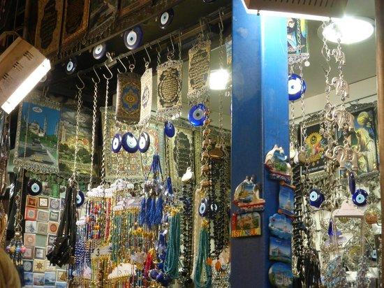 Egyptian Bazaar : contra el mal de ojo