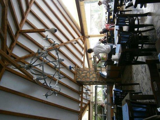 Dorian Hotel: ресторан
