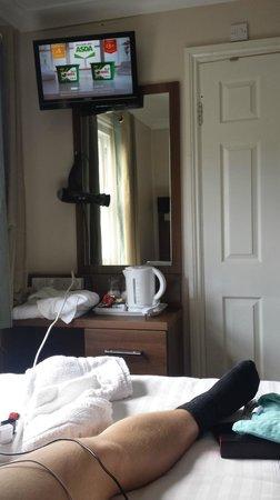 Hanover Hotel Victoria: Blick Richtung Bad