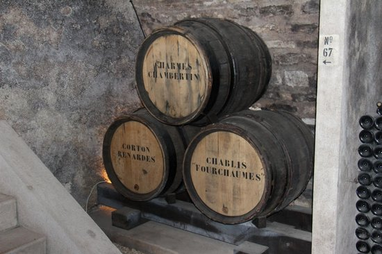 Wine and Voyages: Wine maturing in oak casks