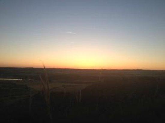 Hotel & Spa Rural Las Nubes: Anochecer desde la Cueva