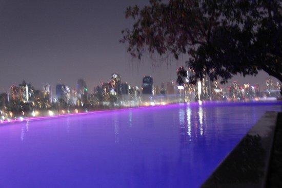 SO Sofitel Bangkok: piscine aérienne