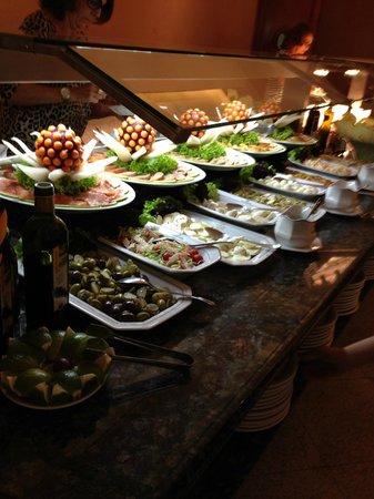 Windsor Excelsior Hotel: Buffet