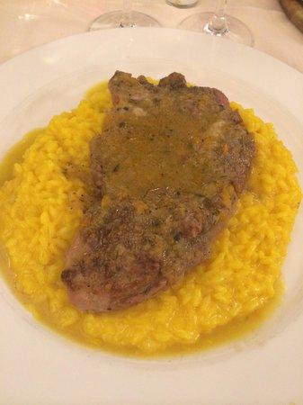 Il Rifugio del Ghiottone: Ossobuco con risotto