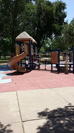 Mary Jo Peckham Park: Play area for the kiddos