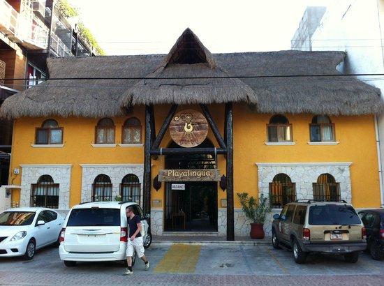 Playalingua del Caribe: Fachada