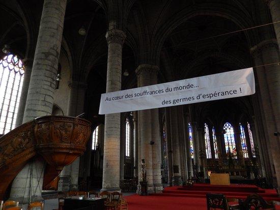 Eglise Saint Maurice: saint maurice - navata centrale