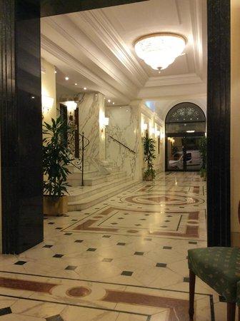 Hotel Archimede: Холл (0 этаж)