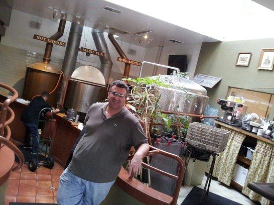 Downtown Joe's : Cerveja e chopp caseiros!