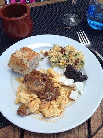 Victor Cafe: Ne pas hésiter à se resservir