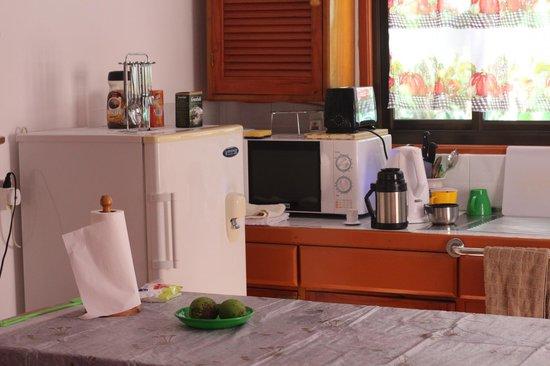 Veronique's Guesthouse: Кухня