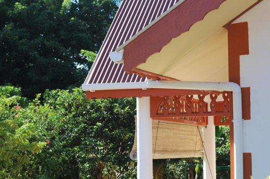 Veronique's Guesthouse: Соседняя вилла