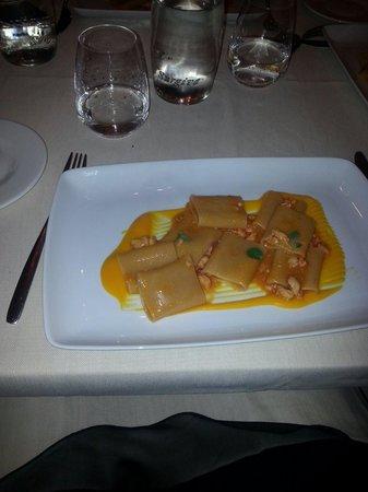 Ristorante Fellini : Paccheri all astice su un salsa di carote