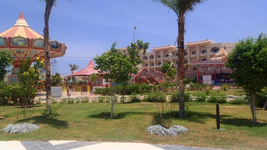 Serenity Fun City: hotel