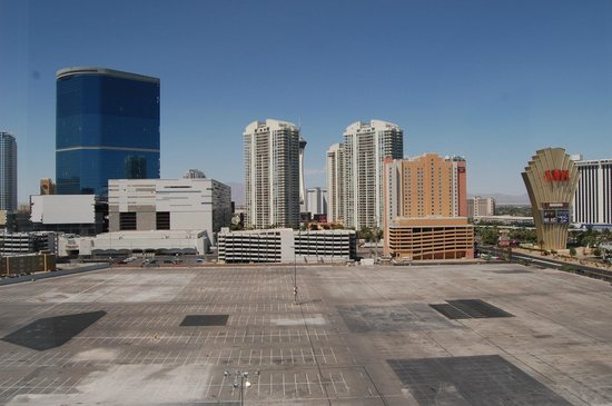 Las Vegas Marriott: View to the north of the hotel
