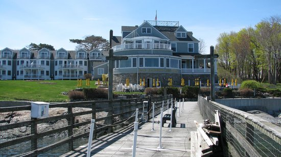 The Bar Harbor Inn from the pier