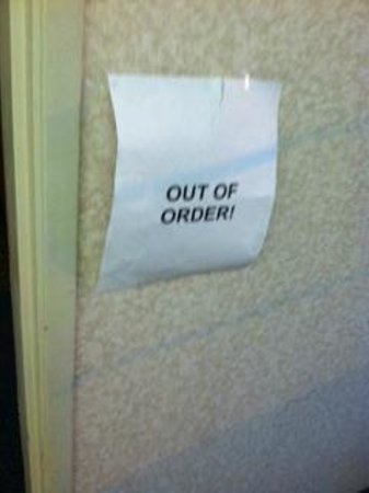 Comfort Suites: Main Hallway Fire Alarm