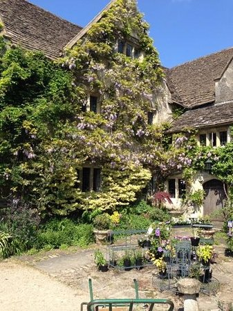 Abbey House Gardens: Abbey Garden House
