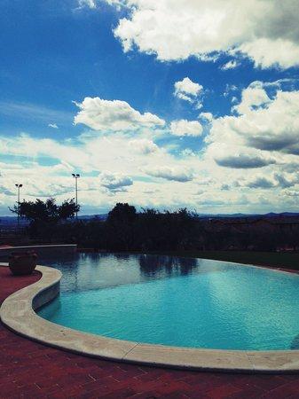 Borgobrufa SPA Resort : La piscina