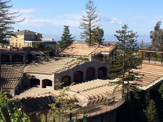 The Mountain Winery: concert venue