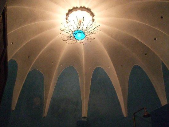 Riad Blueberber : Fantastic domed ceiling in bathroom