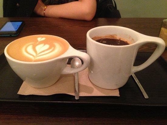 Laynes Espresso: Cappuccino & americano