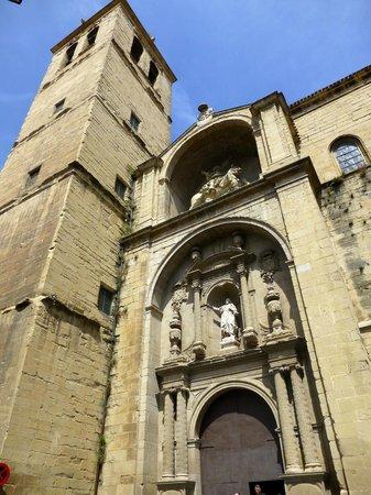 Iglesia de Santiago el Real : Puerta principal