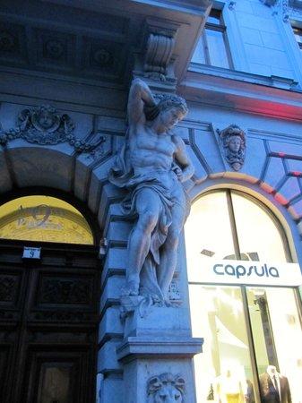 Andrassy Avenue: Architecture