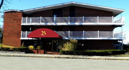 Photo of Bradford Inn & Suites Plymouth