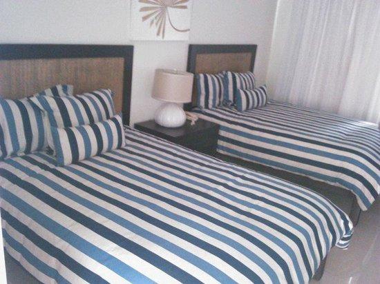 Puerto Plata Village Resort : buena habitación en villa de un piso, cómoda y elegante