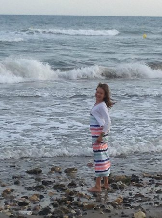 Marriott's Marbella Beach Resort: Skimming stones