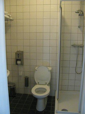 Hotel Het Hart van Weesp: bathroom