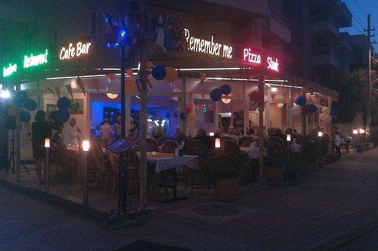 Frontview Remember me Restaurant & Bar terrace