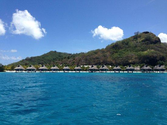 Conrad Bora Bora Nui : Las habitaciones desde el mar