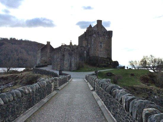 Stravaigin Scotland: Eileen Donan castle
