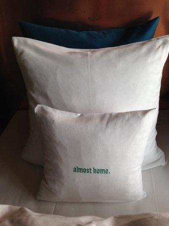 25hours Hotel Bikini Berlin: not the most comfortable pillows