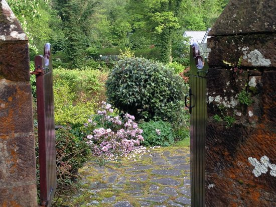 Auchrannie House Hotel: Beautiful gardens