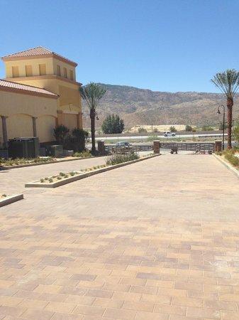 Desert Hills Premium Outlets: View