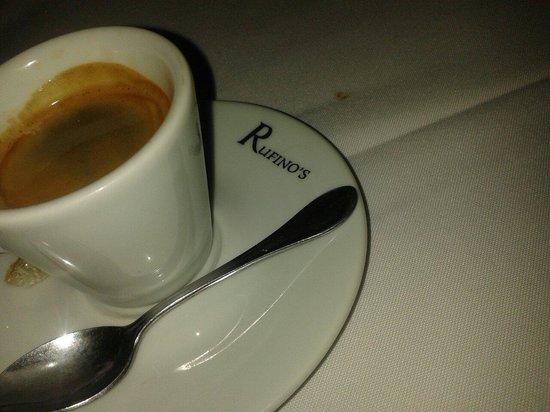 Rufino's: Café
