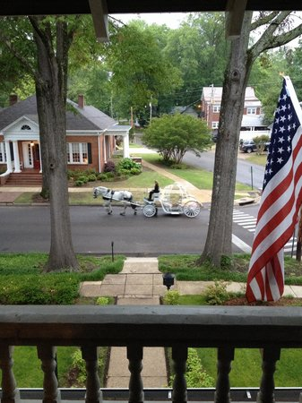 The Generals' Quarters Inn: The driver of this horse drawn carriage just dropped off newlyweds at their reception.