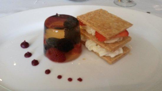 Whitley Hall Hotel: Scrumptious dessert