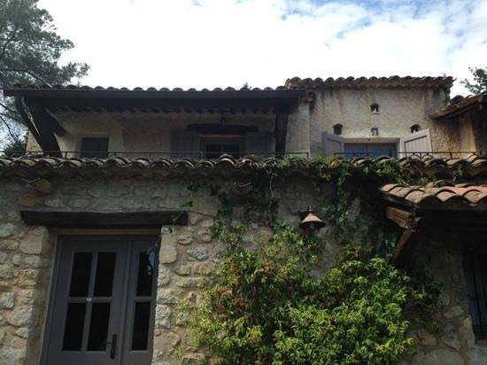 Hotel du Clos: esterno di una delle unita abitative